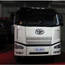 第二屆中國國際商用車展覽車型:解放J6攪拌車