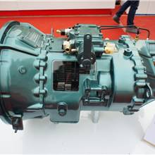 重汽HW12710 變速箱